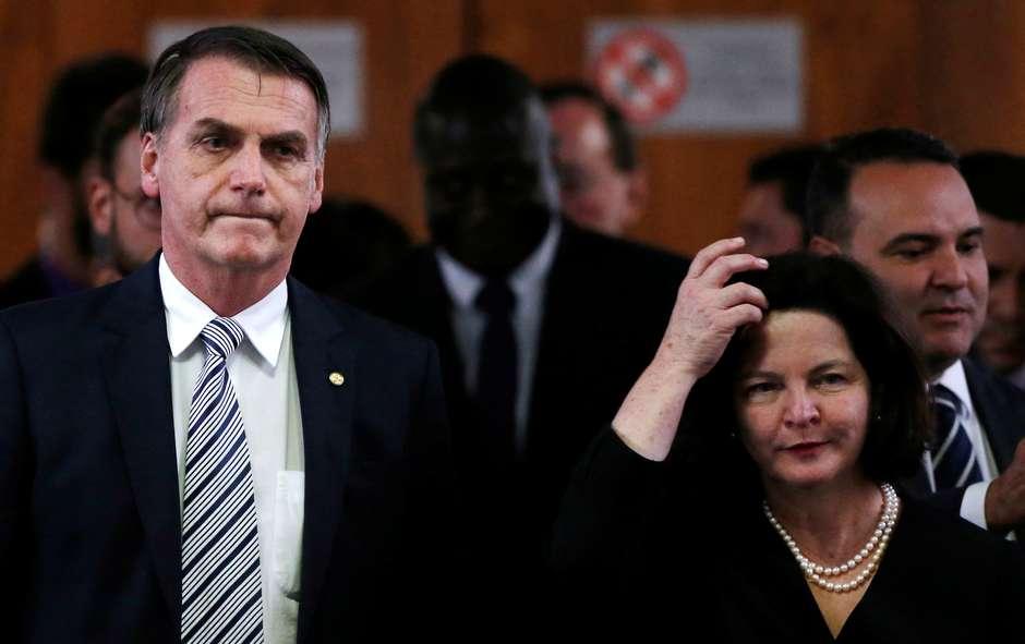 Bolsonaro peita Toffoli e outros ministros, o presidente não quer Raquel Dodge e sim o subprocurador-geral Augusto Aras,